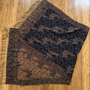 Accessories - maroon and gold pashmina